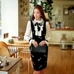 Dabuwawa - Wool Blend Embroidered Jumper Skirt
