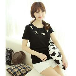 Dodostyle - Star-Embroidered Short-Sleeved T-Shirt
