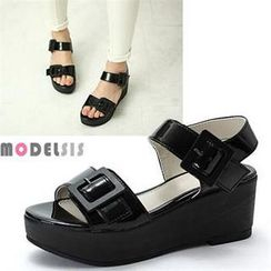 MODELSIS - Buckled Platform Sandals
