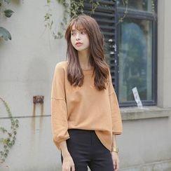 AiAi Bear - Drop-shoulder 3/4-Sleeve Sweatshirt
