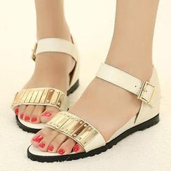 Mancienne - Metal Detail Flat Sandals
