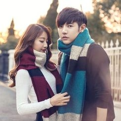 Fireon - Couple Matching Color Block Knit Scarf