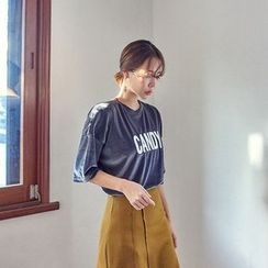 Seoul Fashion - Elbow-Sleeve Lettering Velvet T-Shirt