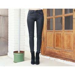 DANI LOVE - Coated Skinny Pants