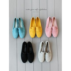 STYLEBYYAM - Faux-Suede Colored Flats