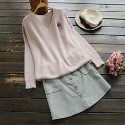 YOYO - V-Neck Sweater