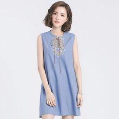 Tokyo Fashion - Sleeveless Tie-Neck Embroidered Dress