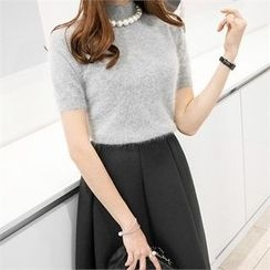 PIPPIN - Mock-Neck Short-Sleeve Knit Top