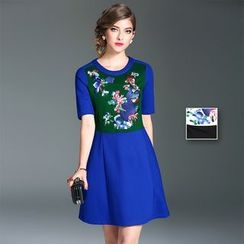 Y:Q - Short-Sleeve Embroidered A-Line Dress