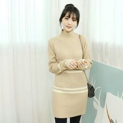 Dodostyle - Contrast-Trim High-Neck Ribbed Knit Dress