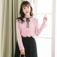Tokyo Fashion - Lace-Trim Pleated Blouse