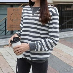CHICFOX - Brushed Fleece Striped T-Shirt
