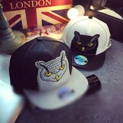 FROME - Owl Embroidered Faux Leather Cap