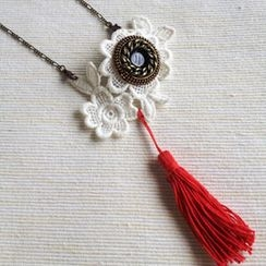 MyLittleThing - Vintage Lace 2-way Necklace/Brooch (Red)