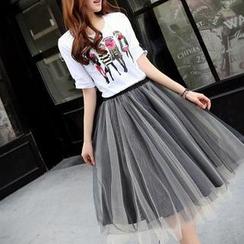SEYLOS - Set: Print T-Shirt + Pleated Skirt