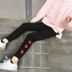 Cattie - Heart Embroidered Leggings