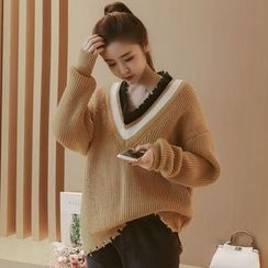 Munai - Fringed V-Neck Sweater