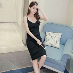 QZ Lady - Strappy Plain Sheath Dress