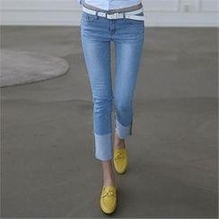 CHICFOX - Washed Straight-Cut Jeans