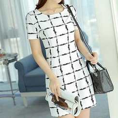 Q.C.T - Short-Sleeve Check Sheath Dress