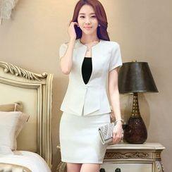 illusione - Set: Short-Sleeve Single-Button Top + Pencil-Cut Skirt
