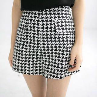 Tokyo Fashion - Houndstooth Shorts