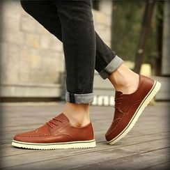 Chariot - Wing-Tip Lace-Up Oxfords
