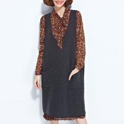 Clover Dream - V-Neck Knit Tank Dress