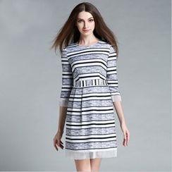 巧妮兒 - 中袖條紋連衣裙