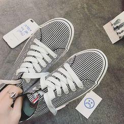 時尚麥樂 - 帆布條紋休閒鞋