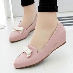 Sidewalk - Bow Kitten Wedges