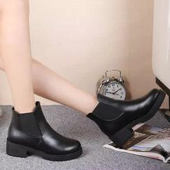 Simply Walk - Block Heel Chelsea Boots
