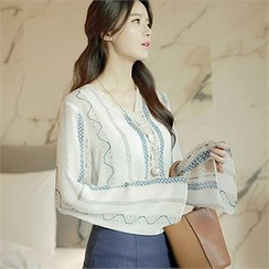 CHICLINE - Pattern-Printed Wide-Sleeve Blouse