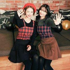 Seoul Fashion - Pleated Mini Flare Skirt