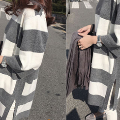 DAILY LOOK - Striped Wool Blend Knit Dress