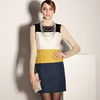 Moonbasa - Sleeveless Color-Block Shift Dress