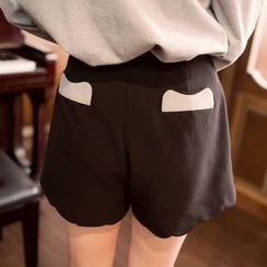 Tokyo Fashion - Embroidered Shorts