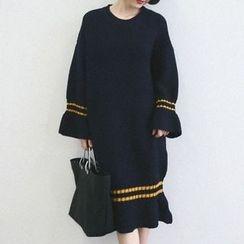 ANTEM - Striped Chunky Midi Sweater Dress