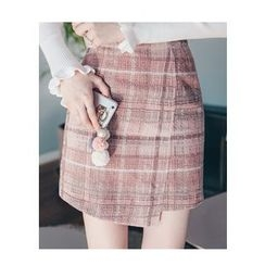 Chlo.D.Manon - Asymmetric-Hem Plaid Mini Skirt