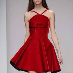 Isadora - 细肩带A字礼服裙
