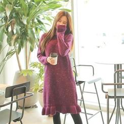 Cherryville - Ruffle-Hem A-Line Knit Dress