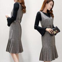Romantica - Set: Knit Top + Pleated Dress