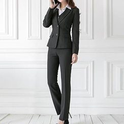 Caroe - Set: Slim-Fit Blazer + Dress Pants / + Vest
