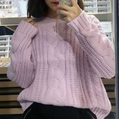 Dute - Cable Knit V-Neck Sweater
