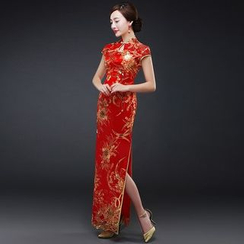 Royal Style - Embroidered Wedding Cheongsam