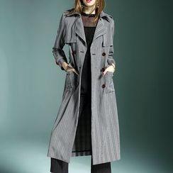 Queen Mulock - Double-Breasted Trench Coat