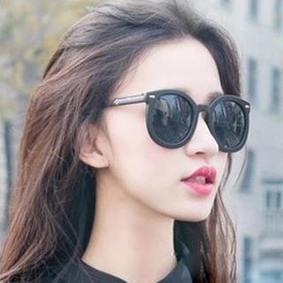 MOL Girl - Retro Round Sunglasses