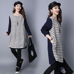 Yeeya - Striped Long-Sleeve Dress
