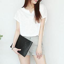 Stylementor - Notch-Neck Short-Sleeved T-Shirt