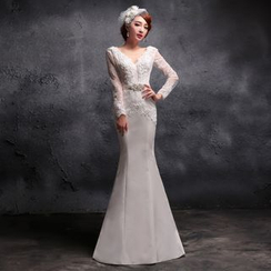 Coeur Wedding - Lace Trim V-Neck Long Sleeve Wedding Ball Gown